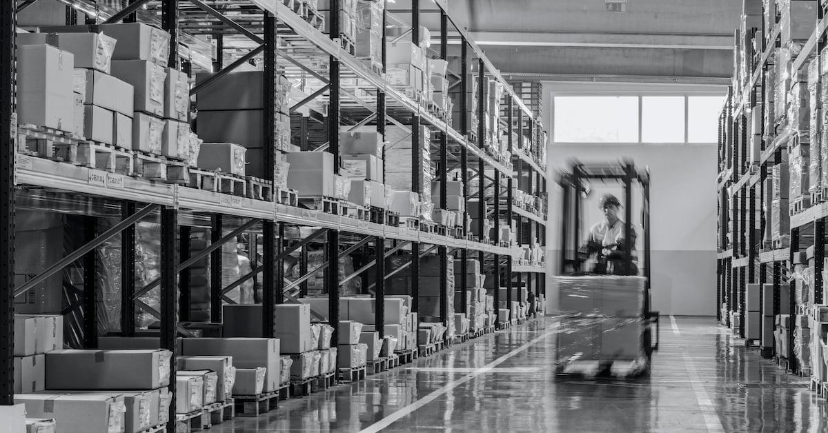 Distributors Fork Lift blog size-1